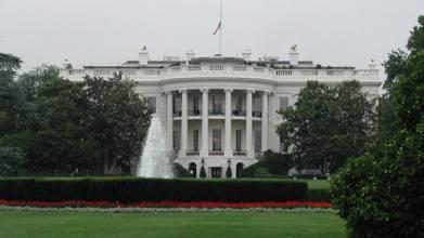 White_house_south_lo.jpg
